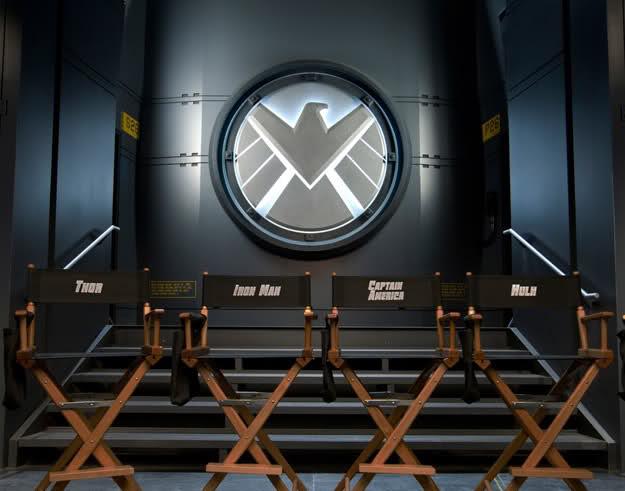 Le sedie di Iron Man, Thor, Hulk e Capitan America.
